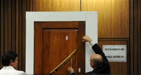 pistorius bathroom scenes from oscar pistorius murder trial photos image