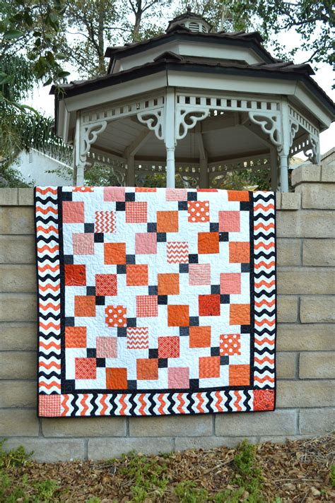 quilt pattern disappearing nine patch halloween disappearing 9 patch quilt