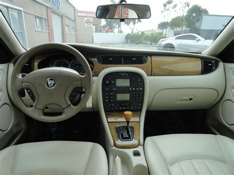2002 Jaguar X Type Interior by 2002 Jaguar X Type Pictures Cargurus