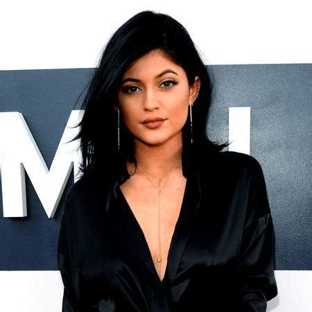 biography kylie jenner kylie jenner wiki affair married lesbian with age height