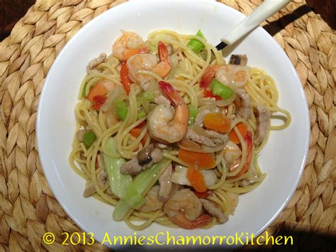 Chop Suey Kitchen by Pork Shrimp Chop Suey With Noodles S Chamorro