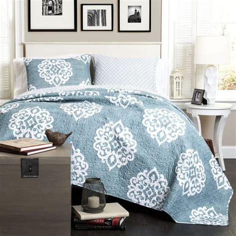 blue boho bedding 25 best ideas about modern bohemian decor on pinterest