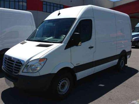 mercedes benz sprinter 2500 van 2011 van box trucks freightliner sprinter 2500 144 wb 2011 van box trucks
