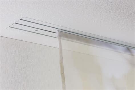gardinenschiene kunststoff einlaufig gardinenschiene abstand zur wand pauwnieuws