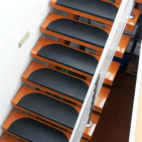 grip tight rubber stair treads