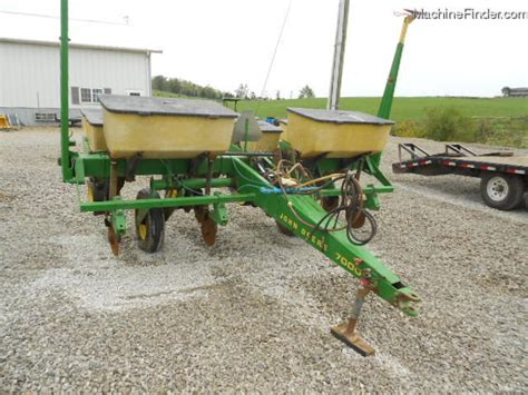 John Deere 7000 4 Row Corn Planter Planting Seeding 4 Row Corn Planter