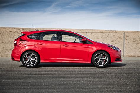 2014 Ford Focus St by 2014 Ford Focus St Side Profile Photo 5