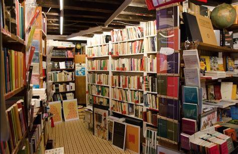libreria venezia la libreria marco polo di venezia raddoppia leggere tutti