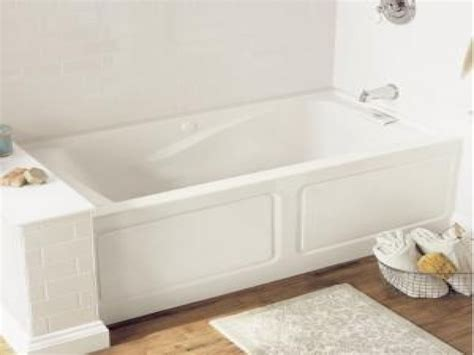deep soaking tubs for small bathrooms soak bathtub small japanese soaking tub small deep
