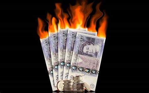 new year money burning warning new years day trading it smart