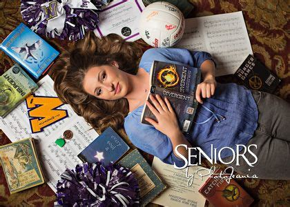 senior pictures with books best 25 piano senior pictures ideas on