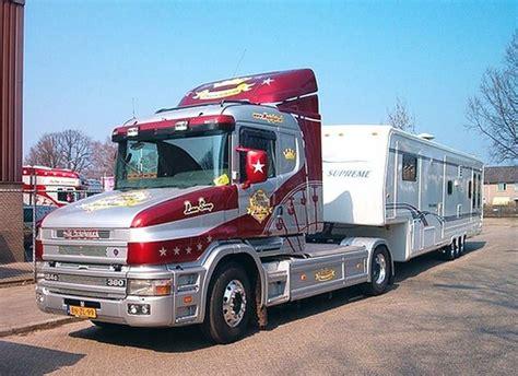 scania truck scania funfairtruck with livingtrailer