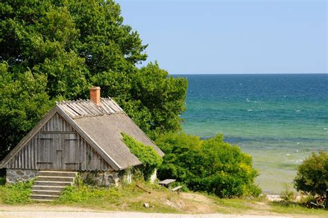 fixer upper beach house beachfront bargain hunt hgtv