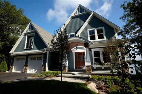 shingle sided houses standout suburban homes with shingle siding