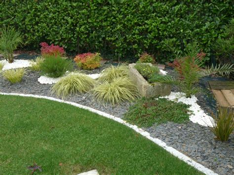 Massif Decoratif Jardin by Massif Decoratif Jardin Amazing Jardin Sur Gravier With