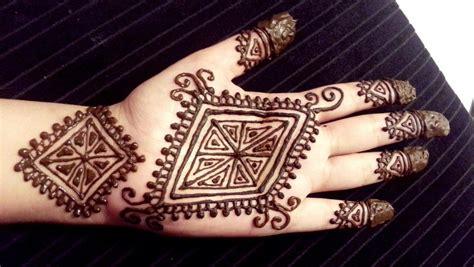 Henna Design Diamond | beautiful diamond henna design easy pretty diamond