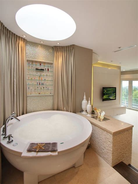Elegant & Stunning Round Bathtub Design Ideas