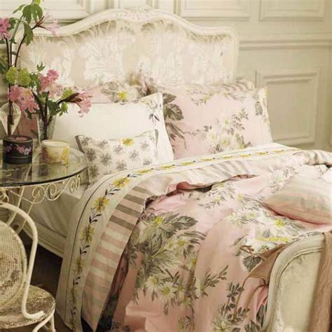 the bedding set 25 pretty s day bedding sets ideas in