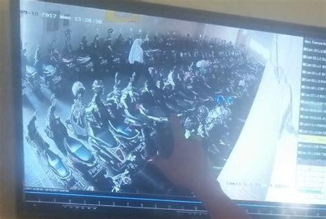 Cctv Tegal aksi pelaku curanmor berpakaian seragam smp terekam cctv