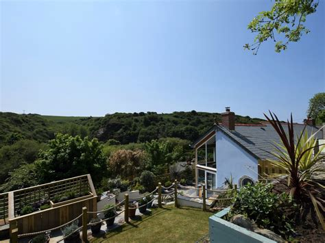 cottage tintagel 3 bedroom cottage in tintagel friendly cottage in