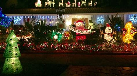 xmas lights in miami dade county dade home has 22 year tradition of bright lights miami herald