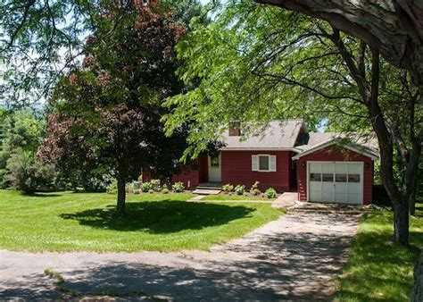 cottage rentals finger lakes 243 best images about our lakefront vacation rentals on