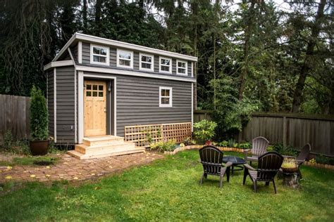 rent a tiny house tiny houses for rent around the country reader s digest