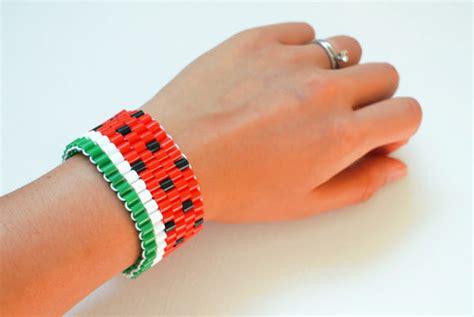 Handmade Bracelets Tutorial - 15 diy bracelets made with