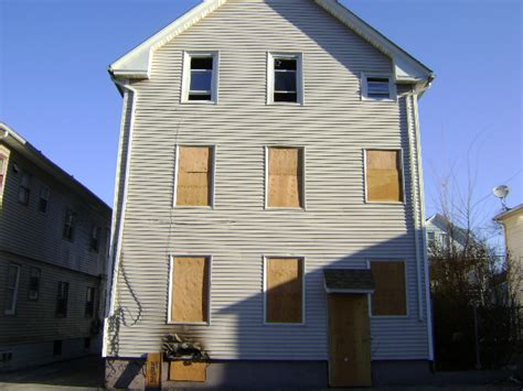 houses for sale in ri 11 linwood ave providence ri 02909 get local real estate free foreclosure