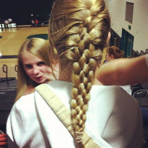 volleyball hairstyles braids 5 string french braid great hair style for volleyball or