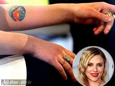 tato bintang warna dasa warta inilah 10 selebritis wanita dunia yang