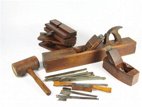 cornice in legno fai da te cornice in legno fai da te come decorare lavori legno