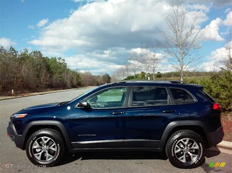 jeep 2016 blue 2016 true blue pearl jeep trailhawk 4x4