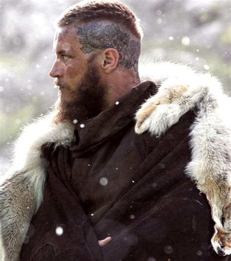 ragnar shaved head ragnar season 3 travis fimmel vikings pinterest