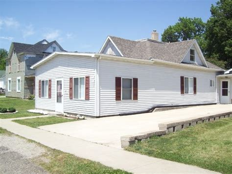 Small Ranch House Curb Appeal Need Help With Curb Appeal On Small Ranch Style Built In 1900