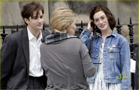 how does the film one day end full sized photo of anne hathaway jim sturgess one day 05