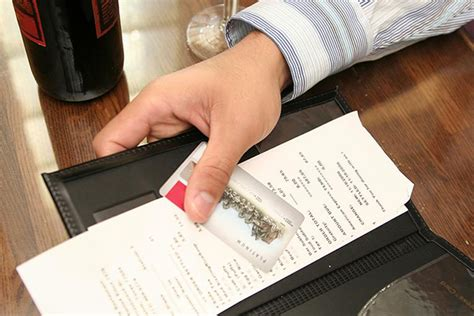 credit cuisine how to handle credit card transactions at restaurants
