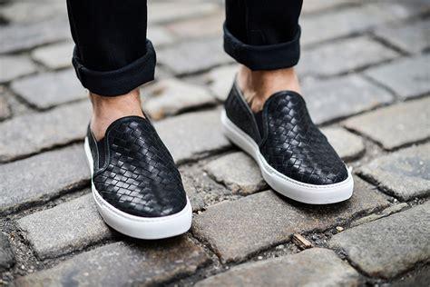 Promo Sepatu Casual Kuliah Santai Adidas Desert 3 5 pilihan alas kaki cowok yang keren buat ngus
