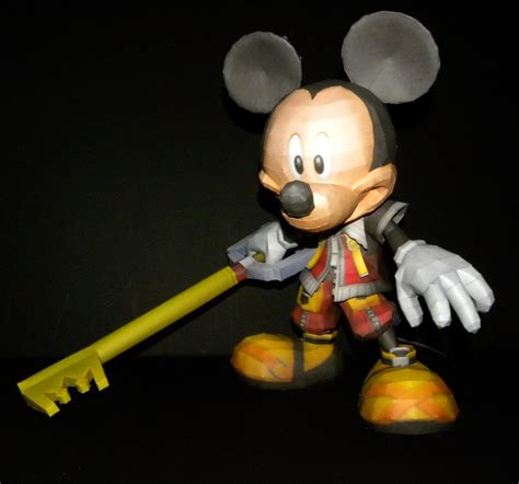 Mickey Mouse Papercraft - kh mickey papercraft by touchfuzzygetdizzy on deviantart