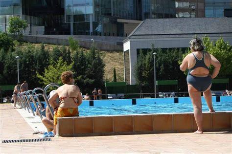 este verano cuidado con las piscinas 40 minutos en una piscina las mujeres con menopausia prematura deben extremar el