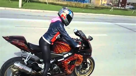 Frauen Enduro Motorrad by Moto Fun Girls On Motorcycles For The First Time Moto