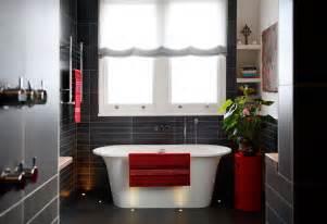 Red and black bathroom decor 2017 grasscloth wallpaper