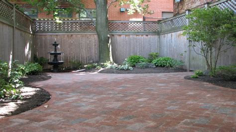Patio made with pavers, small courtyard design courtyard