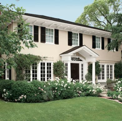 white house colors exterior paint color ideas 8 colors to sell your house