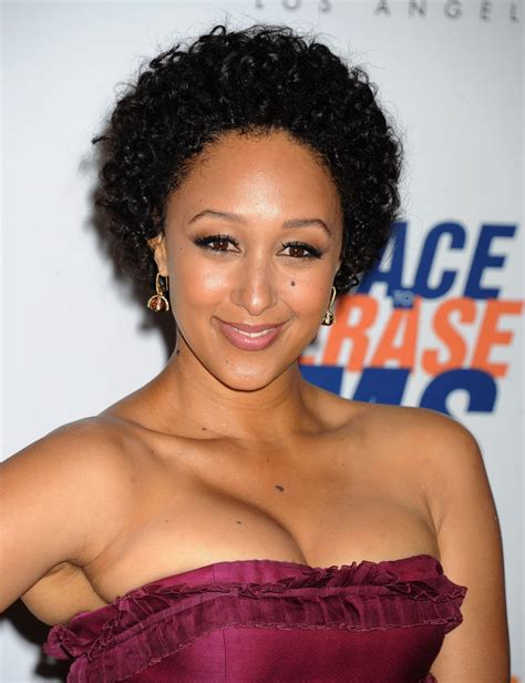 tamera mowry hairstyles big forehead hairstyles for curly hair