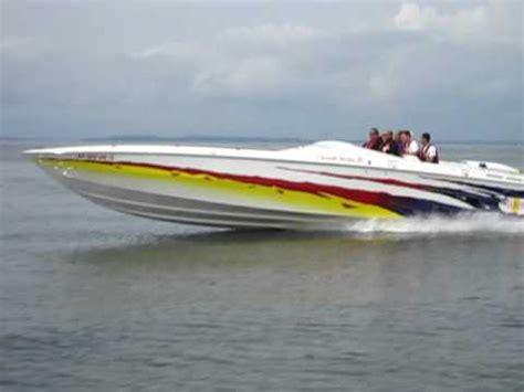 cigarette boat startup 90 mph cigarette racing boat poker run youtube