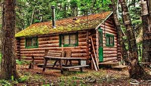 Small Movable Homes - off grid cabin