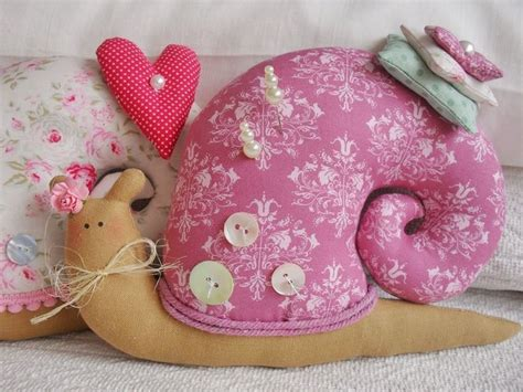 Bantal Foto Snail 200 best images about peluches on