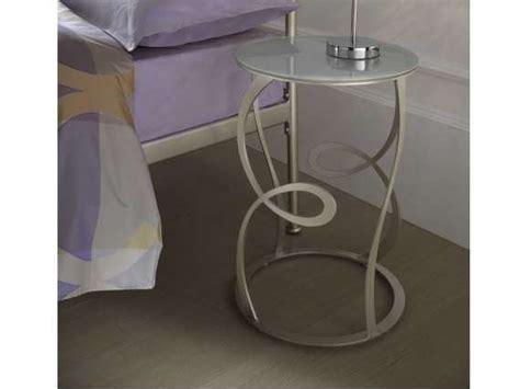 table de nuit en verre table de nuit en fer forg 233 et verre zaide