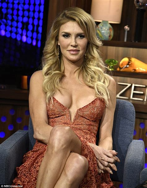 brandi glanville hair extensions brandi glanville hair extensions lisa rinna gets